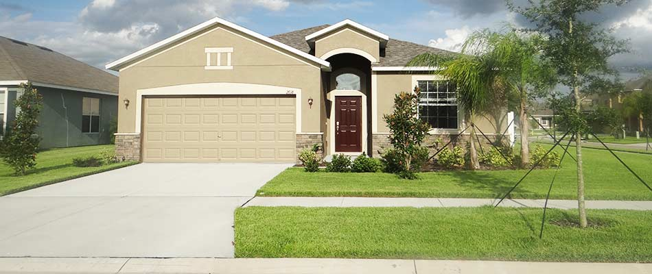 Example of a customer in Lakeland, with a well maintained lawn.